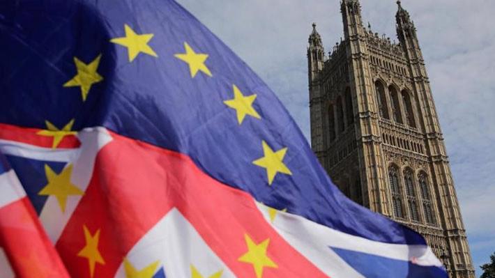 Các nghiên cứu của Chính phủ Anh dự báo quy mô nền kinh tế nước này sẽ nhỏ đi 7,7% trong vòng 15% sau Brexit không thỏa thuận, so với trường hợp vẫn giữ được các thỏa thuận thương mại hiện nay - Ảnh: Getty/CNN.
