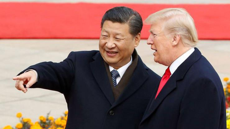 Chủ tịch Trung Quốc Tập Cận Bình (trái) và Tổng thống Donald Trump - Ảnh: Reuters/CNBC.