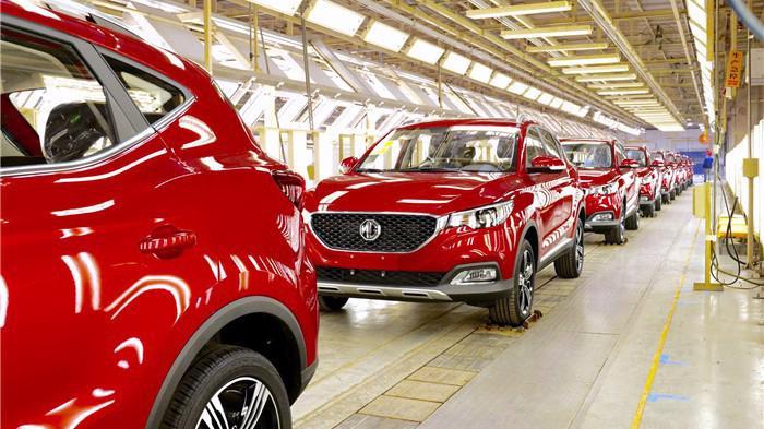 Mấy thập kỷ qua, các hãng xe đã đầu tư nhiều tỷ USD để mở nhà máy và dây chuyền sản xuất mới ở Trung Quốc.