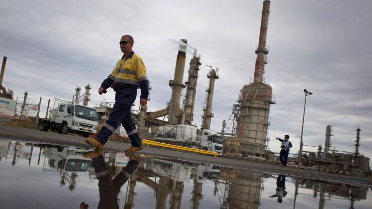 Nguồn cung dầu của Mỹ vẫn đang trong xu hướng tăng - Ảnh: Reuters.