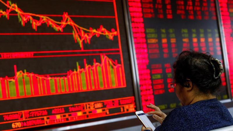 Dẫn đầu sự giảm điểm của chứng khoán châu Á sáng nay là các sàn giao dịch ở Trung Quốc đại lục - Ảnh: Reuters.
