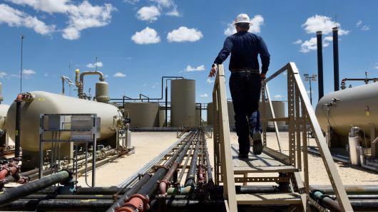 Một mỏ dầu ở vùng Permian, Basin thuộc bang Texas của Mỹ, tháng 8/2018 - Ảnh: Reuters/CNBC.