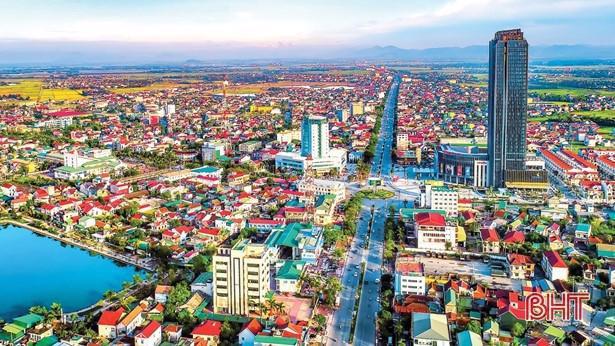 Hà Tĩnh có nền kinh tế phát triển đồng đều, hạ tầng giao thông hiện đại. Ảnh: báo Hà Tĩnh.
