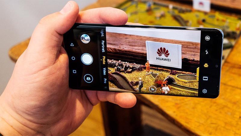 Huawei đang đương đầu với sức ép lớn từ các biện pháp hạn chế của Mỹ.