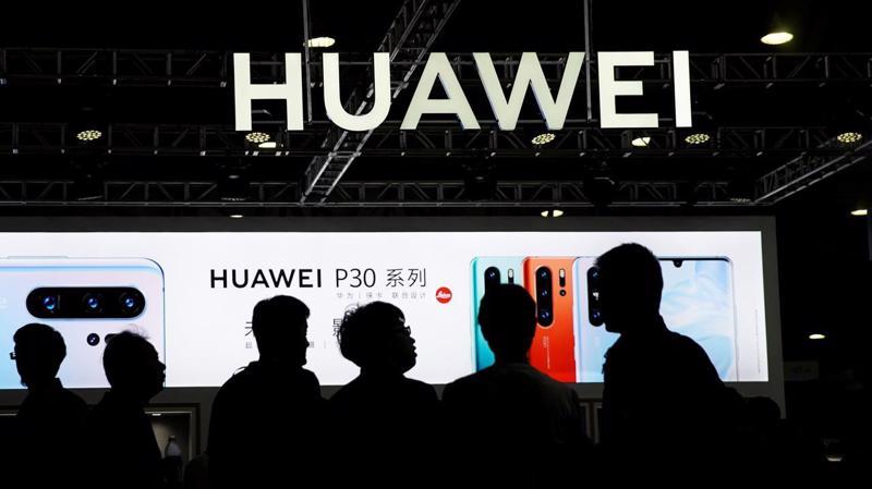 Huawei đã ở trong một cuộc đấu căng thẳng với Chính phủ Mỹ trong suốt hơn 1 năm qua - Ảnh: Reuters.