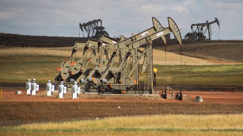 Một khu vực khai thác dầu lửa ở bang North Dakota, Mỹ - Ảnh: Getty/MarketWatch.