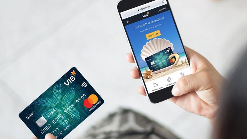 Thẻ IDC mang ưu điểm về mức hoàn tiền cao và không giới hạn, bao gồm hoàn 1% không giới hạn cho tất cả các giao dịch chi tiêu và hoàn thêm 1% cho chi tiêu trực tuyến.