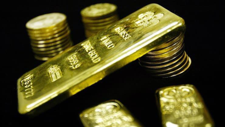 Giá vàng thế giới không giữ được mốc 1.500 USD/oz - Ảnh: Reuters/CNBC.