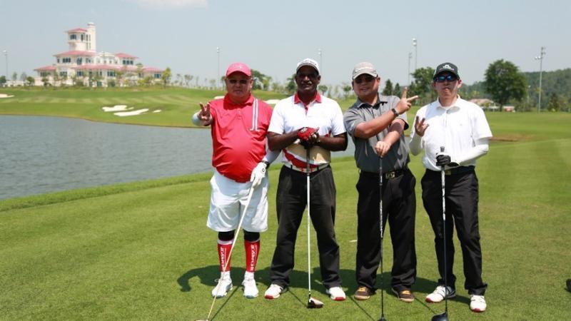 Gôn thủ quốc tế giao lưu tại sân BRG Legend Hill Golf Resort khi tham gia BRG Golf Hà Nội Festival 2018.