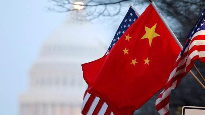 Nỗ lực ngoại giao để tìm giải pháp cho thương chiến được hai nền kinh tế lớn nhất thế giới nối lại sau hai tháng leo thang căng thẳng - Ảnh: AP.