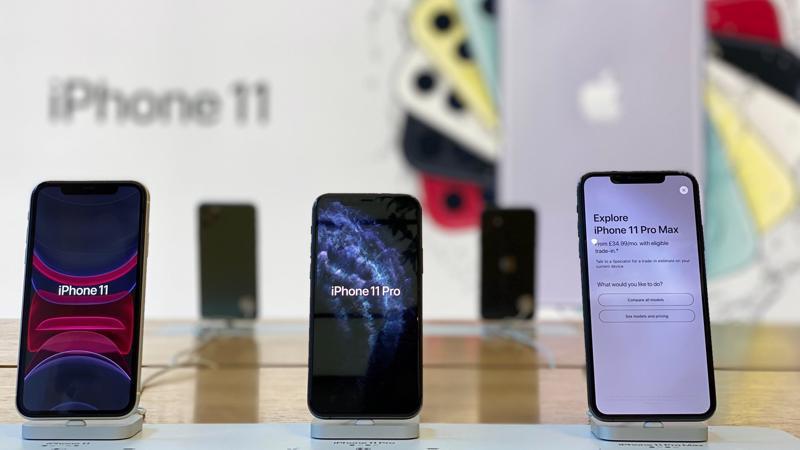 Ba mẫu iPhone thế hệ mới nhất - Ảnh: Standard.