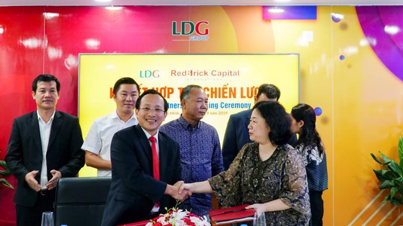 Đại diện LDG Group và quỹ đầu tư Red Brick International trong buổi lễ ký kết hợp tác chiến lược.
