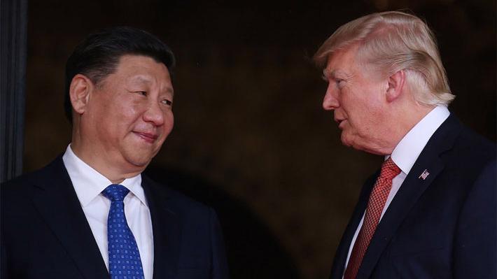 Chủ tịch Trung Quốc Tập Cận Bình (trái) và Tổng thống Mỹ Donald Trump - Ảnh: Reuters.