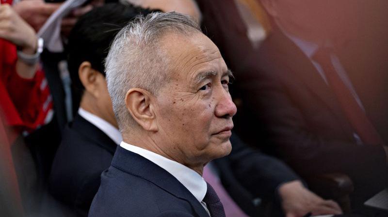 Phó thủ tướng Trung Quốc Lưu Hạc - Ảnh: Bloomberg.