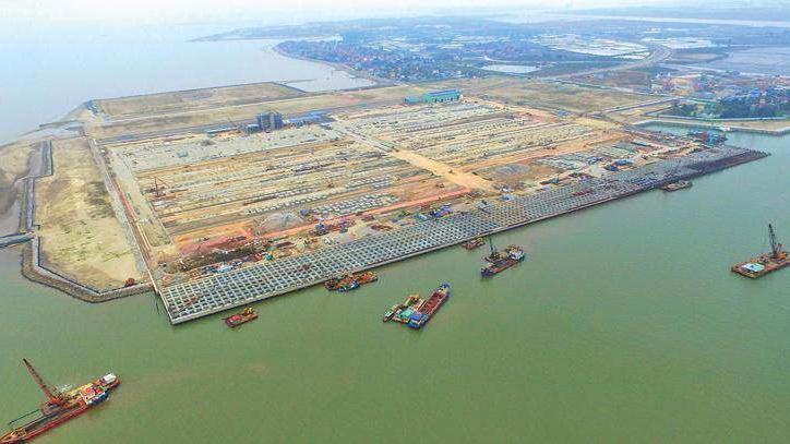 Hai bến số 3,4 cảng Lạch Huyện được xây dựng nhằm phục vụ việc di dời khu bến cảng Hoàng Diệu, đảm bảo hiệu quả sản xuất kinh doanh của cảng Hải Phòng - Ảnh minh họa.