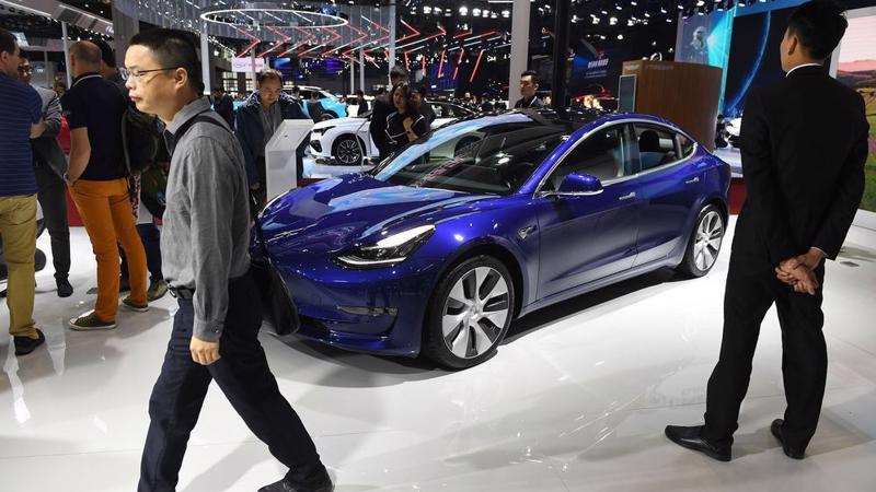 Mẫu xe Model 3 của Tesla trong một sự kiện ở Trung Quốc - Ảnh: Bloomberg.
