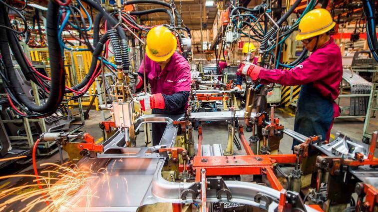 Ngành sản xuất của Trung Quốc đang phục hồi ấn tượng - Ảnh: Getty/CNN.