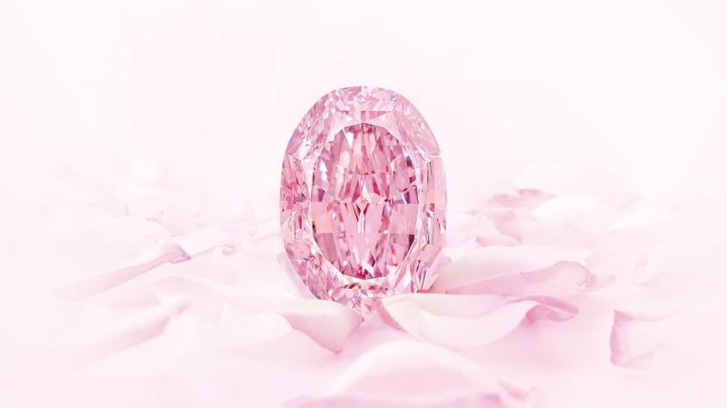Viên kim cương hồng siêu hiếm The Spirit of the Rose - Ảnh: Sotheby's