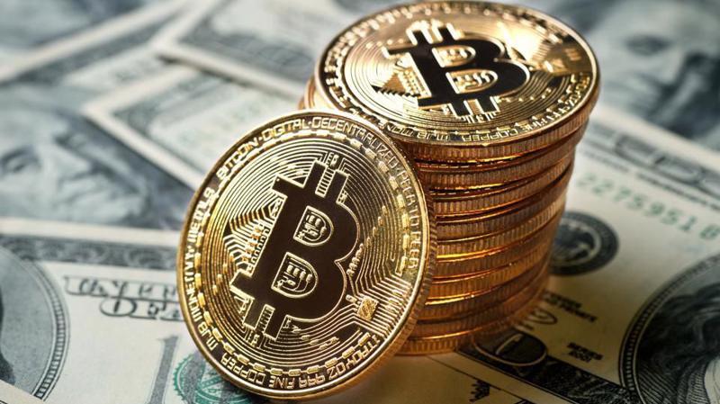 Trong vòng chỉ 1 tháng, giá mỗi đồng Bitcoin đã tăng thêm 6.000 USD.