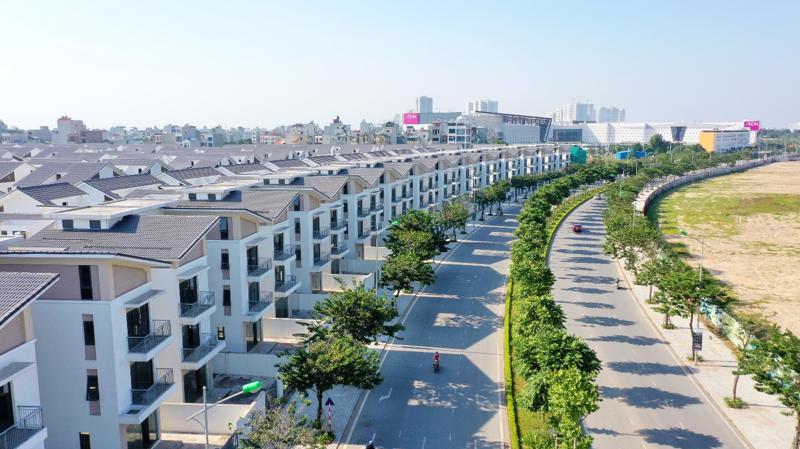 Khu đô thị Dương Nội nằm ngay cạnh Aeon Mall Hà Đông. Đây là một điểm lợi rất lớn thu hút khách quan tâm đến dự án.