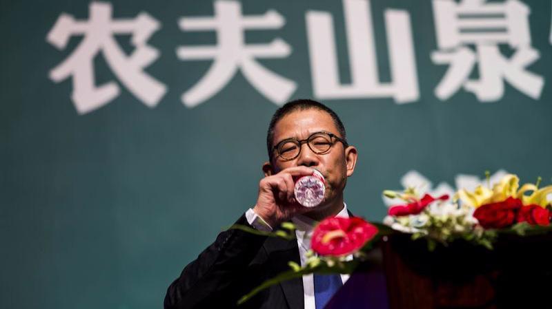 Tỷ phú Trung Quốc Zhong Shanshan - Ảnh: AP/Bloomberg.