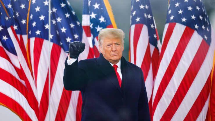 Tổng thống Mỹ Donald Trump phát biểu trước đám đông người ủng hộ ở Washington DC hôm 6/1- Ảnh: Reuters.