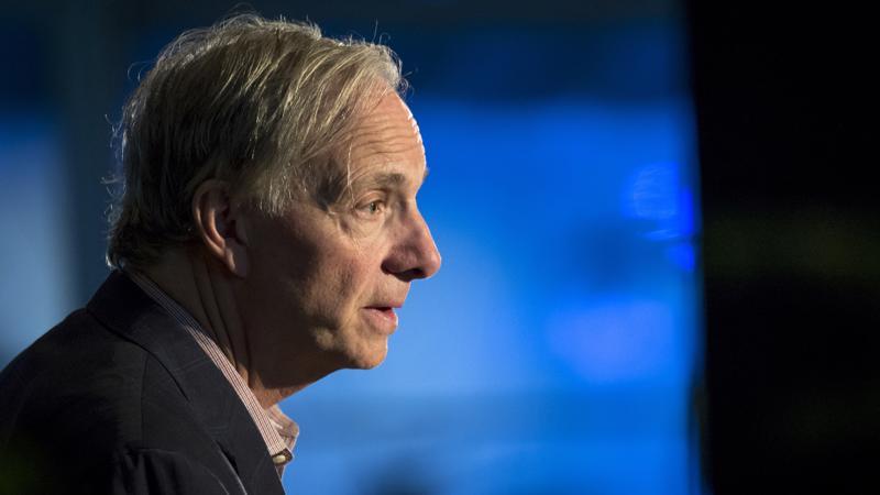 Nhà quản lý quỹ đầu cơ Ray Dalio - Ảnh: Bloomberg.