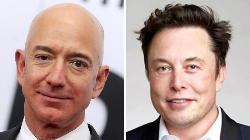 Hai tỷ phú giàu nhất thế giới: Jeff Bezos (trái) và Elon Musk.