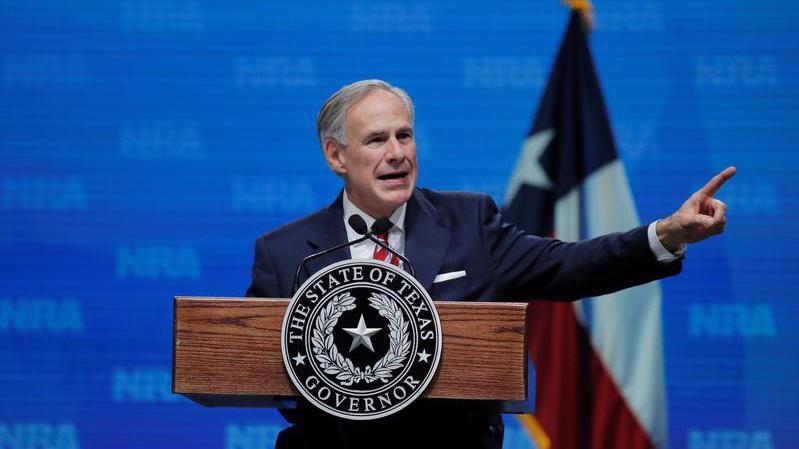 Thống đốc Greg Abbott của Texas - Ảnh: Reuters.