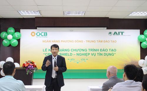 Ông Nguyễn Đình Tùng - Tổng giám đốc OCB chia sẻ tại buổi lễ.
