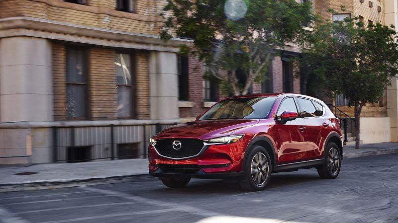 Mẫu xe Mazda CX-5 thế hệ mới vừa ra mắt thị trường.