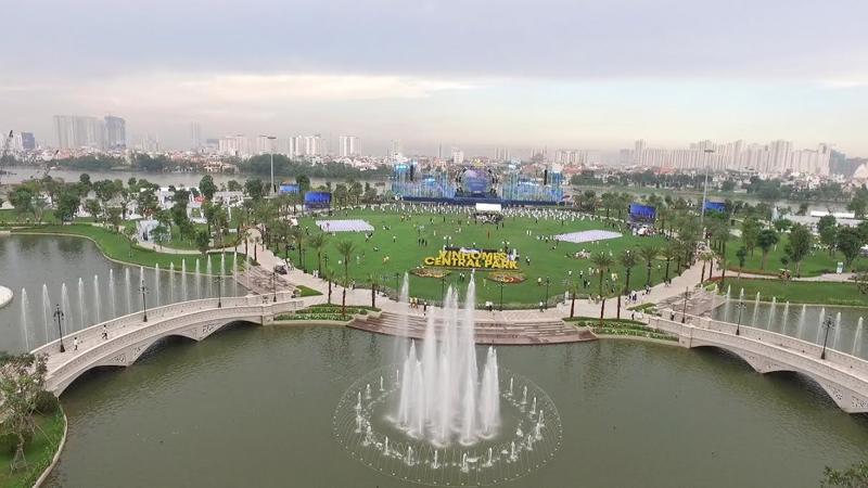 Hôm 23/7/2016 tại Tp.HCM, công viên Central Park nằm tại khu vực Tân Cảng (quận Bình Thạnh), sát sông Sài Gòn đã được khai trương kỹ thuật.