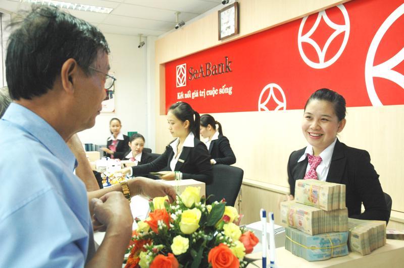 Theo định hướng phát triển trở thành ngân hàng bán lẻ tiêu biểu tại Việt  Nam, SeABank không ngừng nỗ lực đổi mới để mang đến cho khách hàng  những sản phẩm dịch vụ tốt nhất.