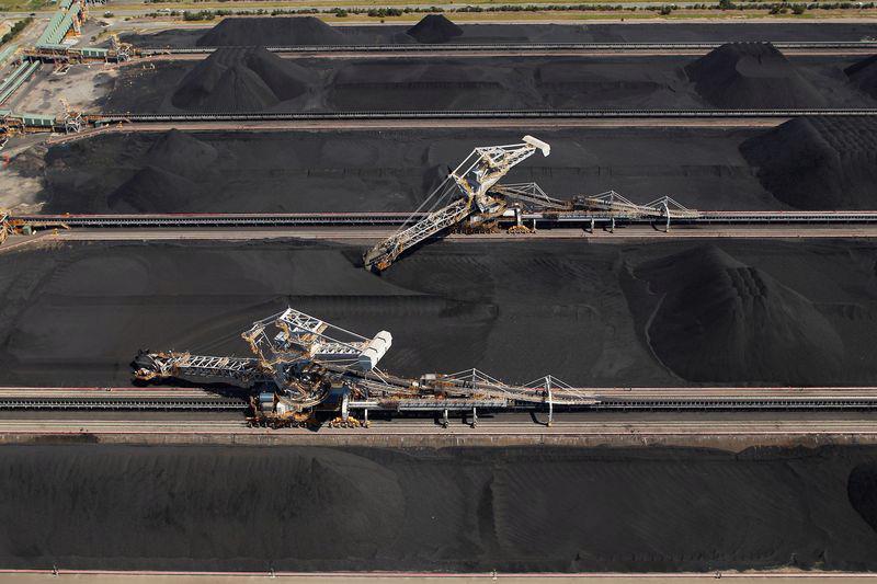 Ngành khai mỏ đã giữ vai trò là đầu tàu kinh tế Australia suốt nhiều thập niên - Ảnh: Bloomberg.<br>