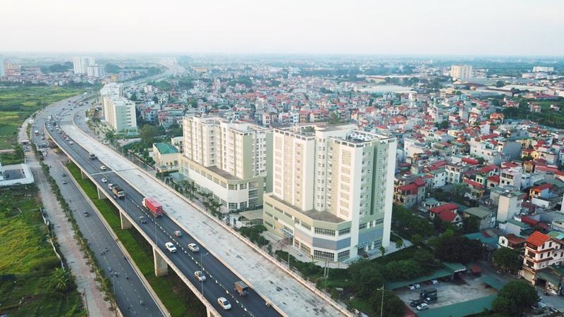 Thủ tướng Chính phủ giao UBND thành phố Hà Nội chủ trì, phối hợp với Bộ Xây dựng và các cơ quan liên quan nghiên cứu quy hoạch các khu đô thị hiện đại, có hệ thống hạ tầng kỹ thuật và hạ tầng xã hội đồng bộ tại khu vực: Đông Anh, Gia Lâm, Yên Viên và Long Biên.