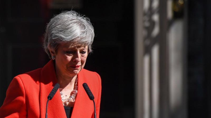 Thủ tướng Anh tuyên bố từ chức trong tâm trạng khá xúc động ngày 24/5 - Ảnh: Bloomberg.