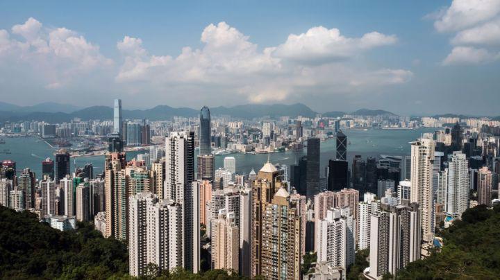 Hồng Kông là một trong những thị trường địa ốc đắt đỏ nhất thế giới - Ảnh: CNBC.