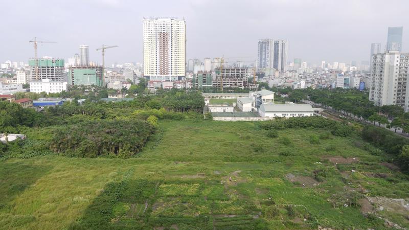 Thanh tra Chính phủ kiến nghị Thủ tướng giao Chủ tịch UBND thành phố Hà Nội chỉ đạo các sở ngành rà soát cụ thể, xác định bổ sung tiền sử dụng đất đối với các dự án do chủ đầu tư xây dựng sai quy hoạch, thu về ngân sách Nhà nước.