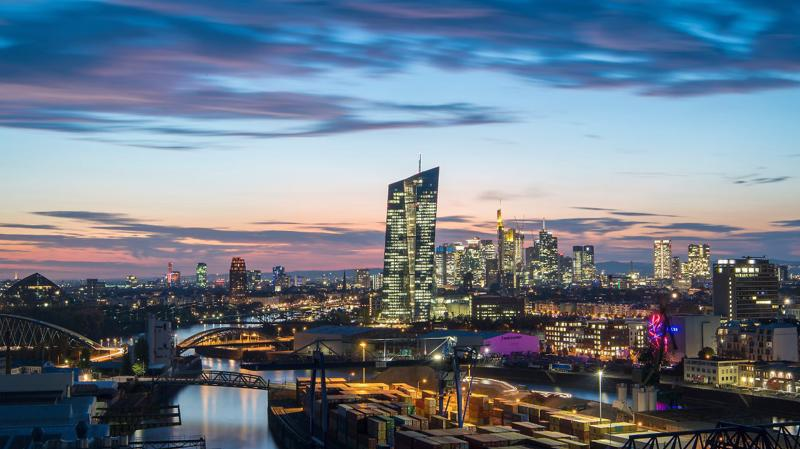 FMF nhận định sẽ có tới 10.000 việc làm được chuyển từ Londond sang Frankfurt trước thềm Brexit và dự báo xu hướng này sẽ tiếp tục tới năm 2024.