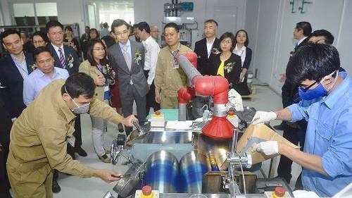 Việt Nam bắt đầu sản xuất mực in tiền chính thức từ tháng 11/2017.