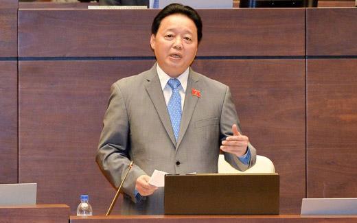 Bộ trưởng Trần Hồng Hà tự nhận xét lần đầu trả lời chất vấn chưa được thành công lắm.