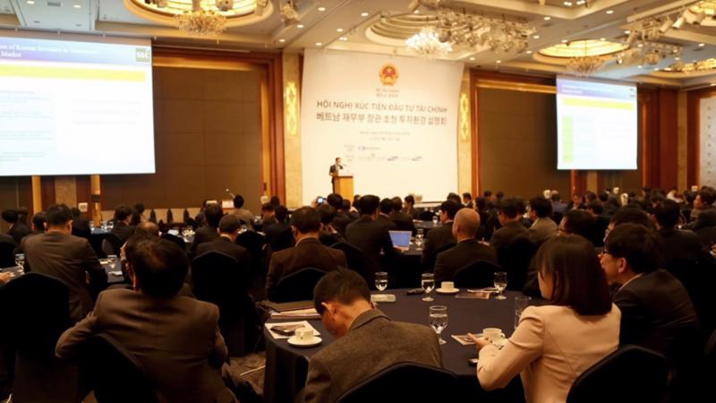 Các đại biểu tham dự Hội nghị xúc tiến đầu tư tại Seoul, Hàn Quốc.
