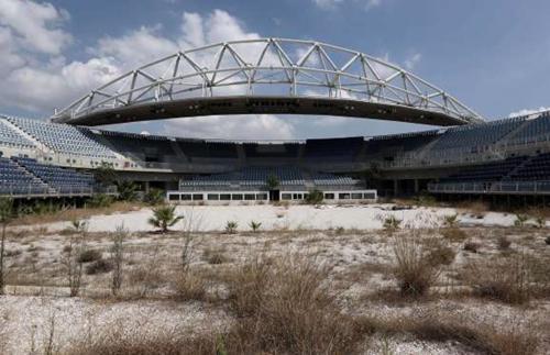 Các công trình thể thao phục vụ Thế vận hội Olympics 2004 tiêu tốn của Hy Lạp 9 tỷ USD.