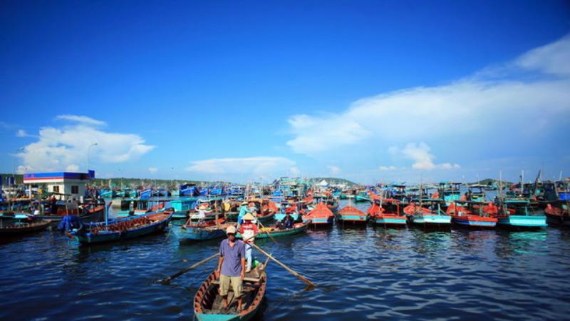 Sự phát triển du lịch mang lại cho Phú Quốc nhiều cơ hội nhưng cũng không ít thách thức.