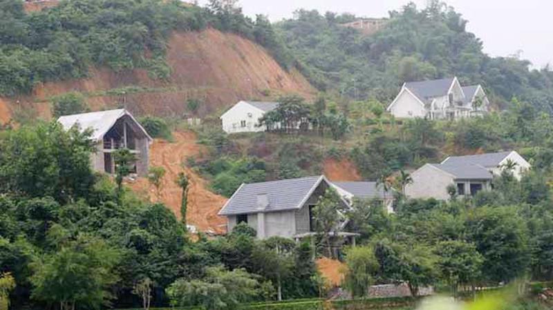 Nhiều dự án bất động sản nghỉ dưỡng ở Hòa Bình được xác định là vi phạm, lấn chiếm đất rừng.