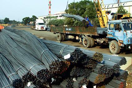 Thép là ngành sản xuất chịu ảnh hưởng kép của tỷ giá và tăng giá năng lượng