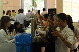 Điều cần quan tâm nhất đối với hệ thống ngân hàng Việt Nam thời điểm này là phải tạo ra một hệ thống ngân hàng khỏe để chuẩn bị cho sự hòa nhập quốc tế - Ảnh: Quang Liên.