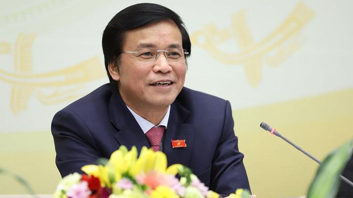 Tổng thư ký Quốc hội Nguyễn Hạnh Phúc chủ trì họp báo - Ảnh: Quang Phúc