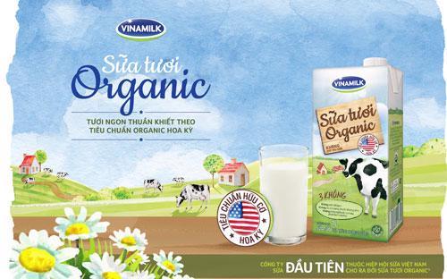 Vinamilk đã thông qua công ty con là Driftwood Dairy ở Mỹ hợp tác với California Natural Products (CNP), một trong những công ty sản xuất các sản phẩm organic hàng đầu ở Mỹ, cho ra đời sản phẩm sữa tươi Vinamilk Organic vào tháng 6/2016.