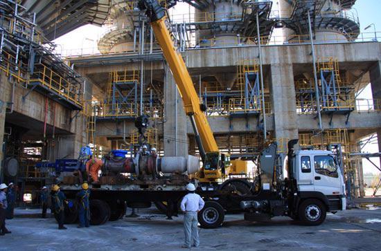 Thi công lắp đặt van bít PV 1501 tại nhà máy.